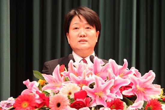 辽宁省高级人民法院副院长徐安生。
