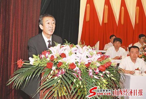 图为中共柳林县县委书记王宁