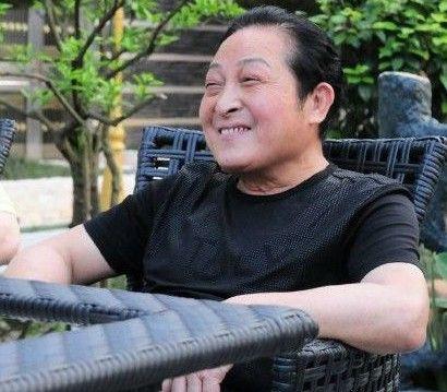 王林内地香港来去自如 媒体追问对其调查下文