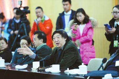冯骥才:社会较为浮躁太多人想发财