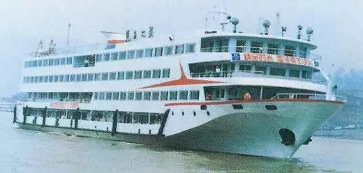 """吴建强:""""那一扇窗,搭船的那几天,我开了关、关了开,很相熟。"""""""
