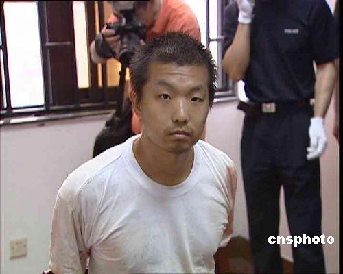 杨佳袭警案13日二审一审律师被更换