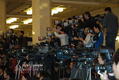 图文:现场摄影记者