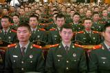 图文:参加大会的抗震救灾解放军武警代表