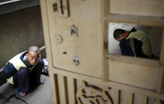 图文:昆明旅社抢劫嫌疑人被警方抓获