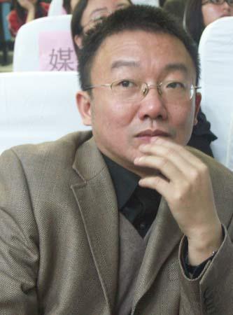 图文:湖南师大调研团队指导老师蔡骐教授