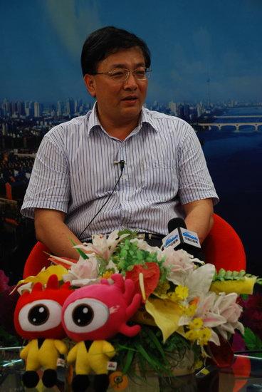 图文:洛阳市旅游局局长接受新浪网访谈