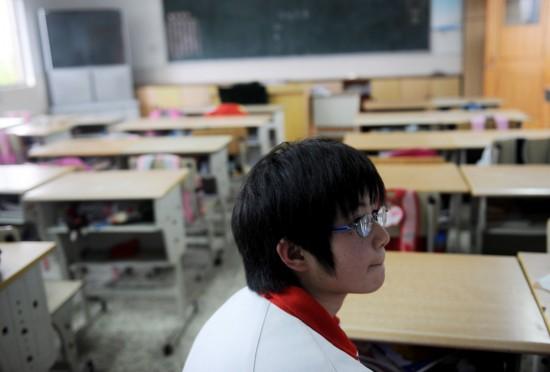 图文:杭州小学生牵挂玉树藏族小伙伴