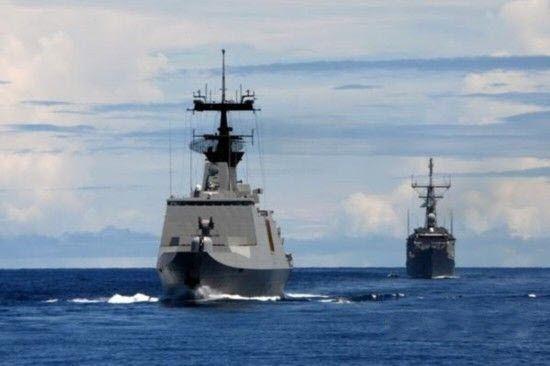 台军舰南海航训游弋南沙太平岛海域(图)