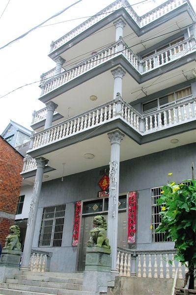 刘锋位于刘凤嘴村的家,他只在春节时回去住一段。