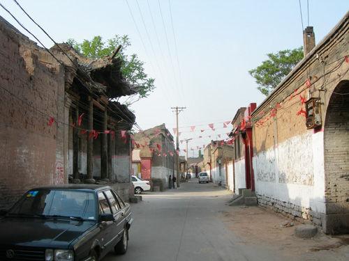 交城里的老街巷。中国周刊记者/宋合营 摄