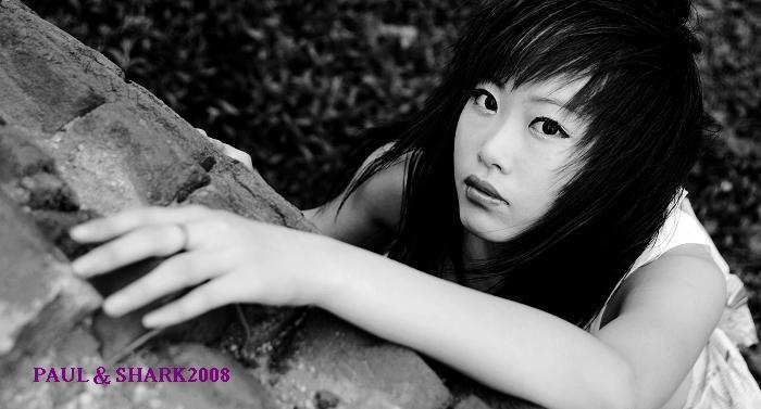 根人体艺术_18岁少女海口拍人体写真 尽显颓废美[图](二)