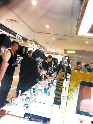 去香港到哪买化妆品_去香港买什么化妆品好一般什么牌子比较划算