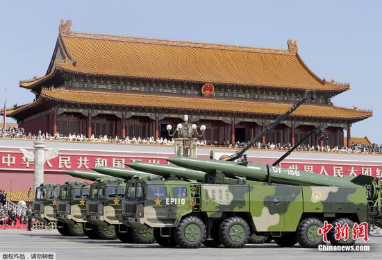 """航天科工""""迷彩战队""""保障阅兵装备车辆完美展示"""