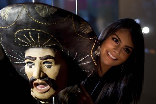 2010环球小姐造访上海世博墨西哥馆(图)