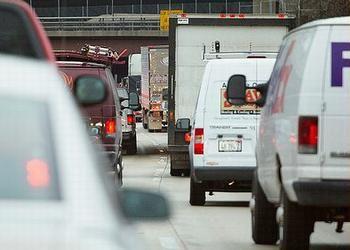 2013年1月10日,美国伊利诺伊州芝加哥市交通拥堵。图片来源:ens-newswire.com网站