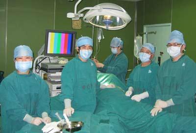 专家建议甲状腺患者尝试新型腔镜手术治疗(图)