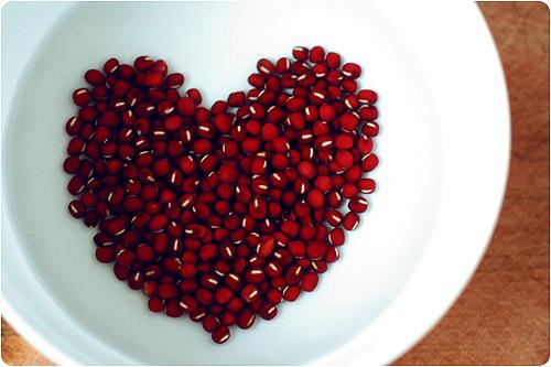 女性盛夏多吃红豆可养心补血