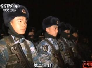 实拍中国海军陆战队与袭扰分队交锋