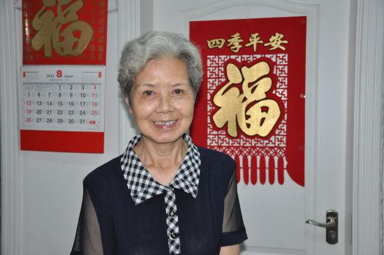 79岁的沈力老师笑容温暖人淡如菊