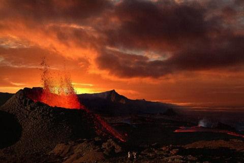 资料图:火山喷发场景