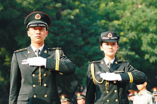 07式陆军迷彩服图片