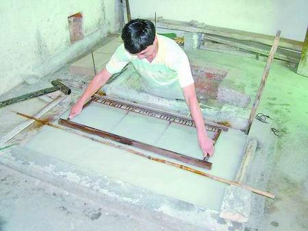 是怕传统的手工造纸术灭绝,后代再也见不到祖先发明的造纸方法了.
