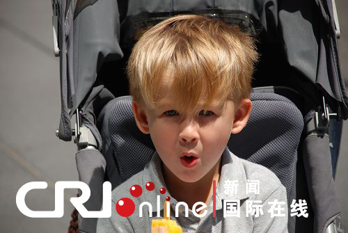 六一节来到澳大利亚武林儿童趣图街拍(表情)周末组图包外表情图片