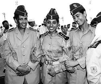 美女突击队能否成卡扎菲最后的人体防线?