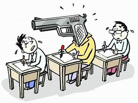 记者卧底揭开代考黑幕 广州一在读研究生成立