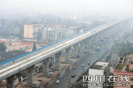 成灌快铁正线高架桥全线架通