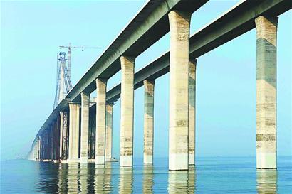 青岛海湾大桥建设进入冲刺阶段