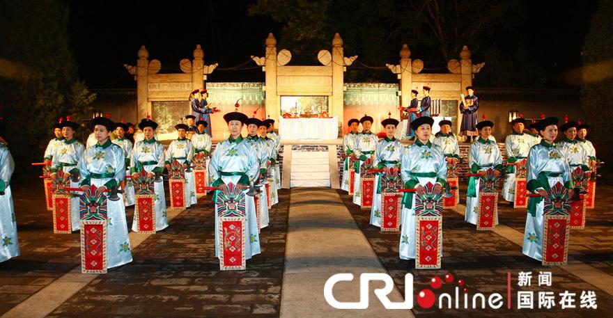 祭月仪式_9月21日晚,北京月坛祭台,祭月仪式现场.整齐华丽的仪仗.