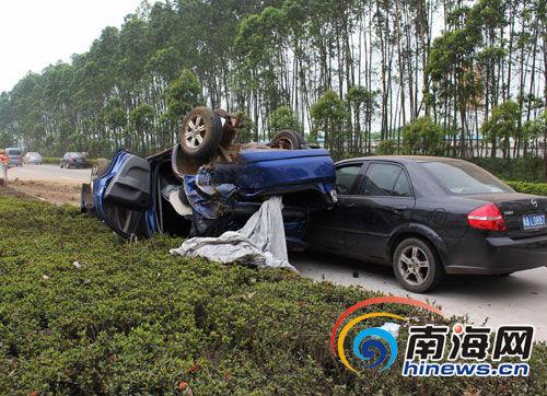 在海口白驹大道文昌往海口方向发生一起交通事故