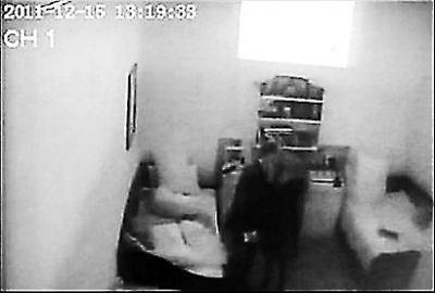 偷拍野外偷情����_乌克兰电视台曝光一段视频 季莫申科与律师狱中\