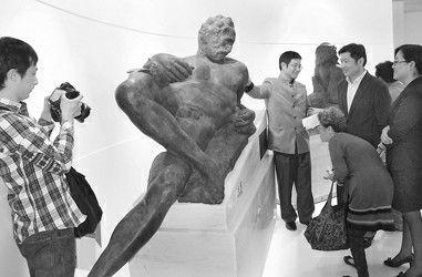 这是米开朗基罗雕塑作品首次授权落户中国