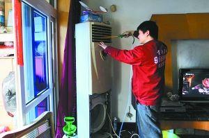 空调不清洗,灰尘堵塞影响制冷又费电