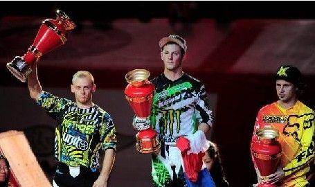 2012花式极限摩托世锦赛广州落幕法国选手雷米夺冠