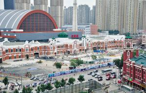 本周沈阳站东广场竣工地面133个停车位