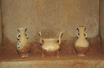 玉穴种类_阆中挖出400年前明代双穴石墓