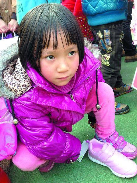 七八岁的小女孩为啥要穿37码的鞋?