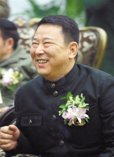 其捐建的刘汉希望别墅讲双拼笼统图片