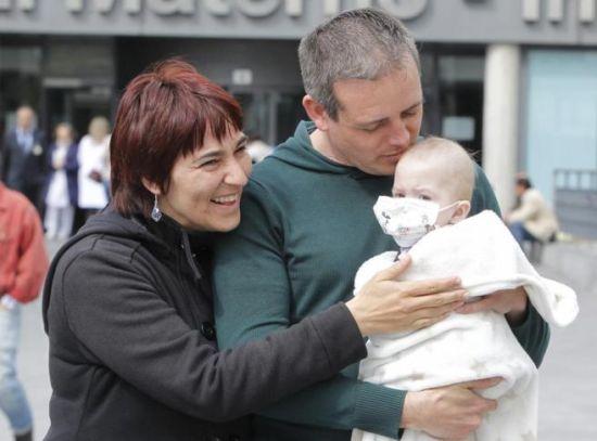 西班牙婴儿患绝症被移植五个器官奇迹存活