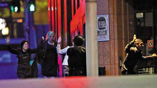 悉尼人质事件悲剧收场