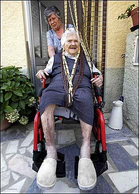 世界最长寿老人去世一生只去过一次医院(图)