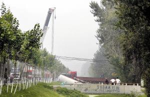 液化气罐车泄漏致数百村民被疏散