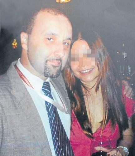 图为波斯尼亚男子艾尔文与前女友钟顺仪。(马来西亚《南洋商报》)