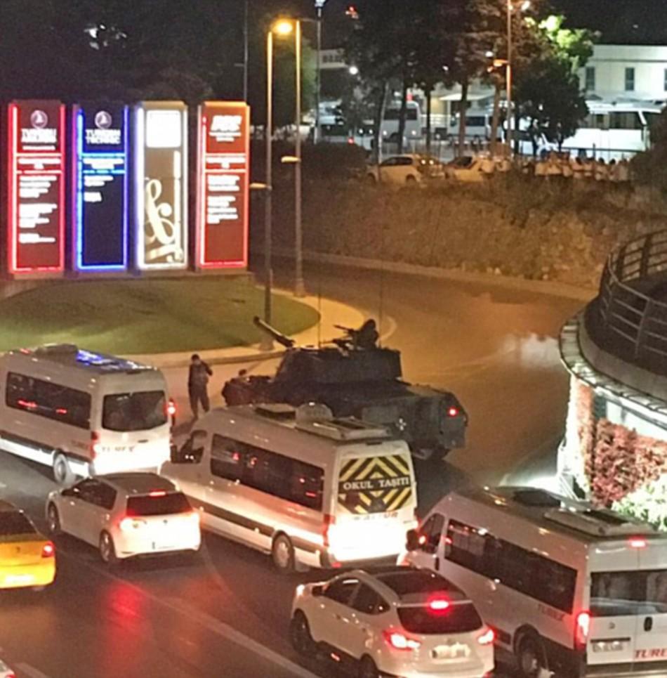 土耳其军事政变致194人丧生?外媒:或超265人