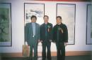 中为著名画家田黎明,右为著名画家陈钰明