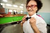 """年过七旬""""台球奶奶""""和她的台球培训班"""
